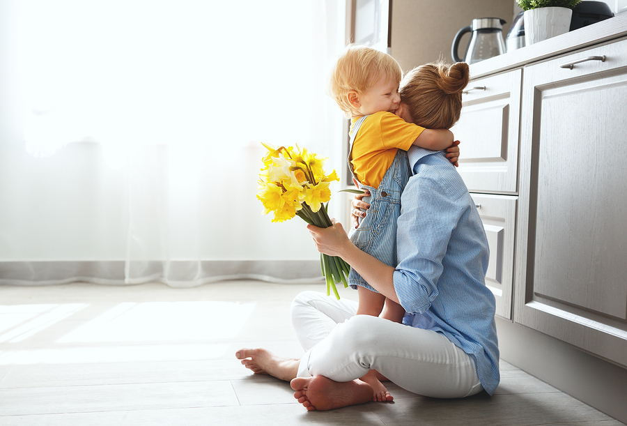 Best Ways to Baby Proof Your Kitchen in One Afternoon
