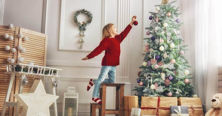 6 Tips for Organizing—and Storing—Your Holiday Decorations