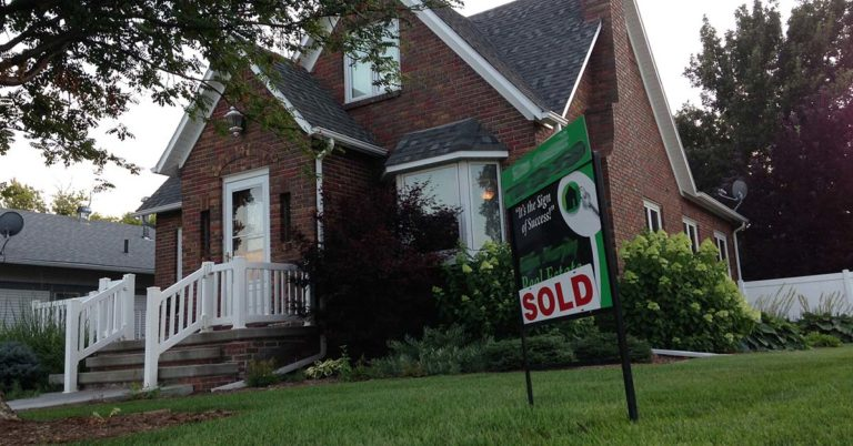 Is the Fall a Good Time to Sell a House?