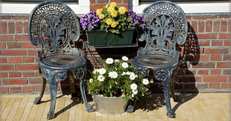 How to Decorate a Patio on a Budget